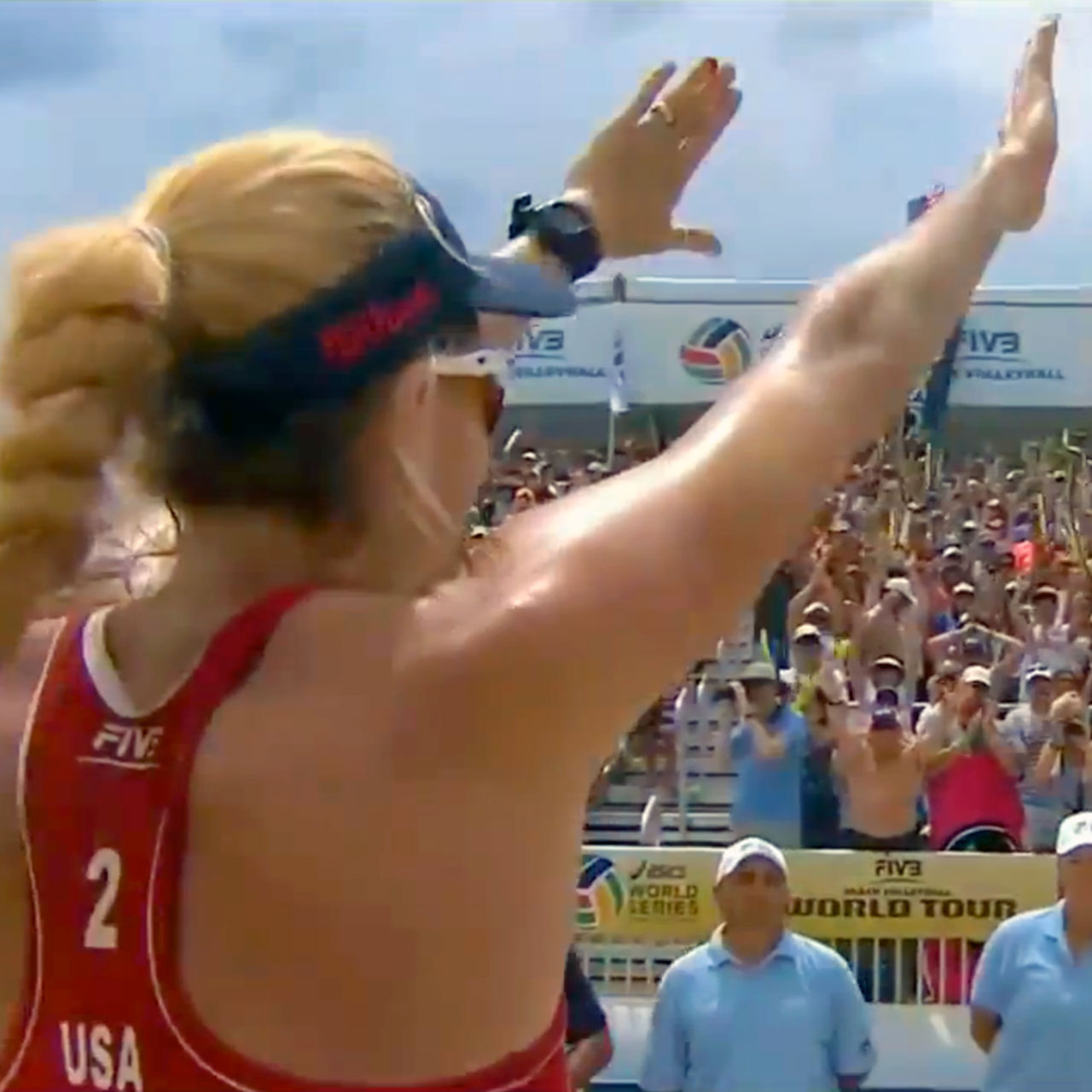 Kerri Walsh-Jennings notches her 50th FIVB title