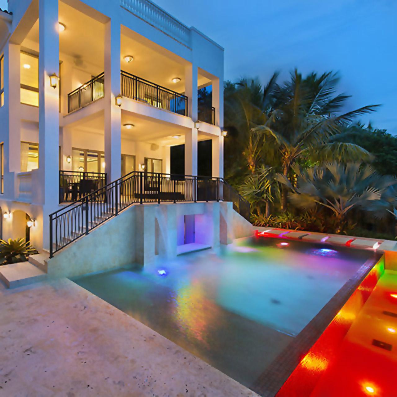LeBron James' Miami mansion still for sale at $15 million.