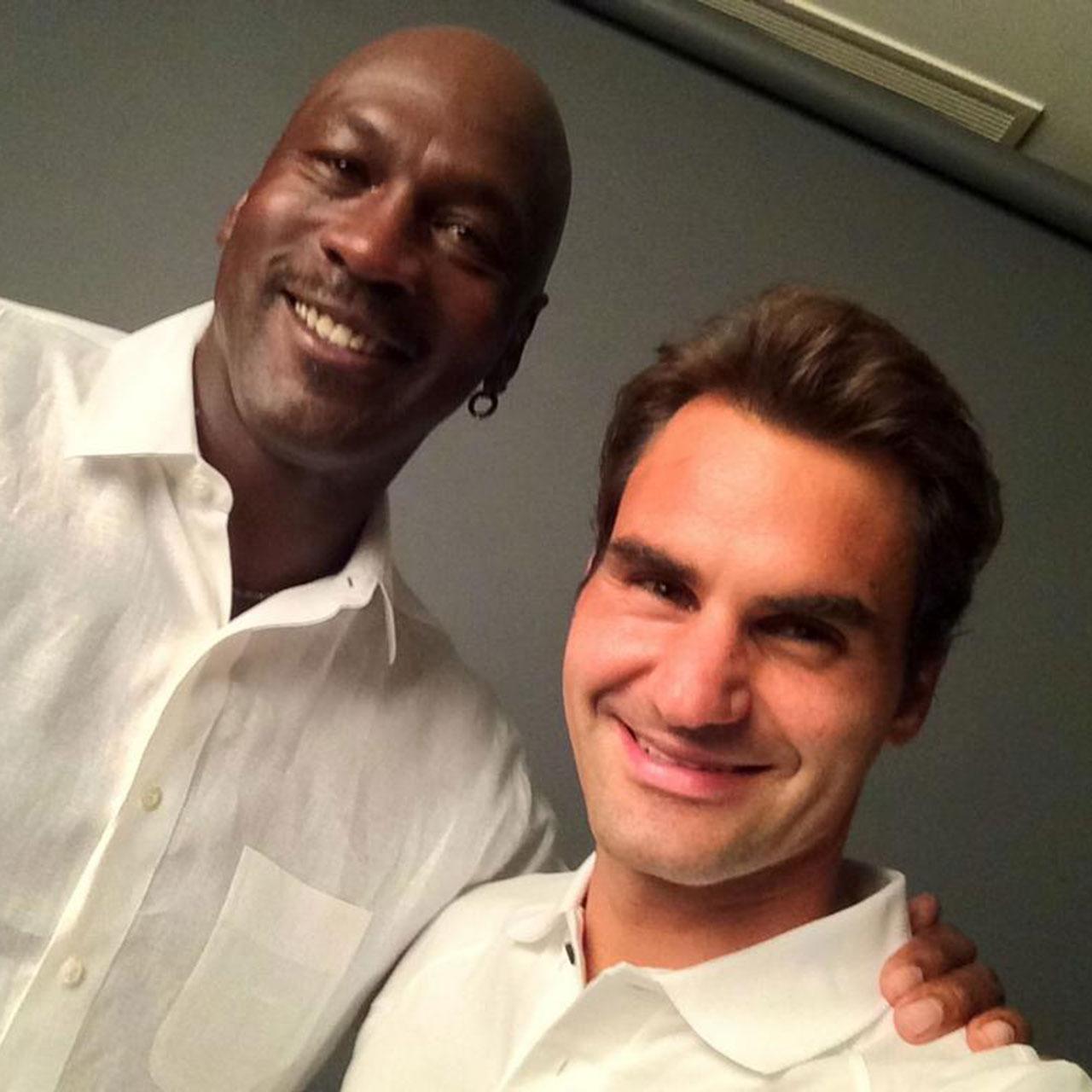 Roger Federer selfie with Michael Jordan