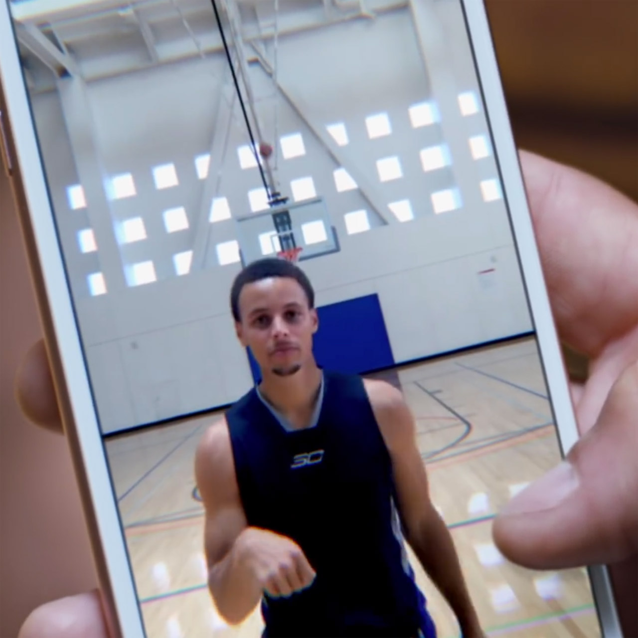 Steph Curry make half court shot in ad for Apple iPhone 6s with Live Photos