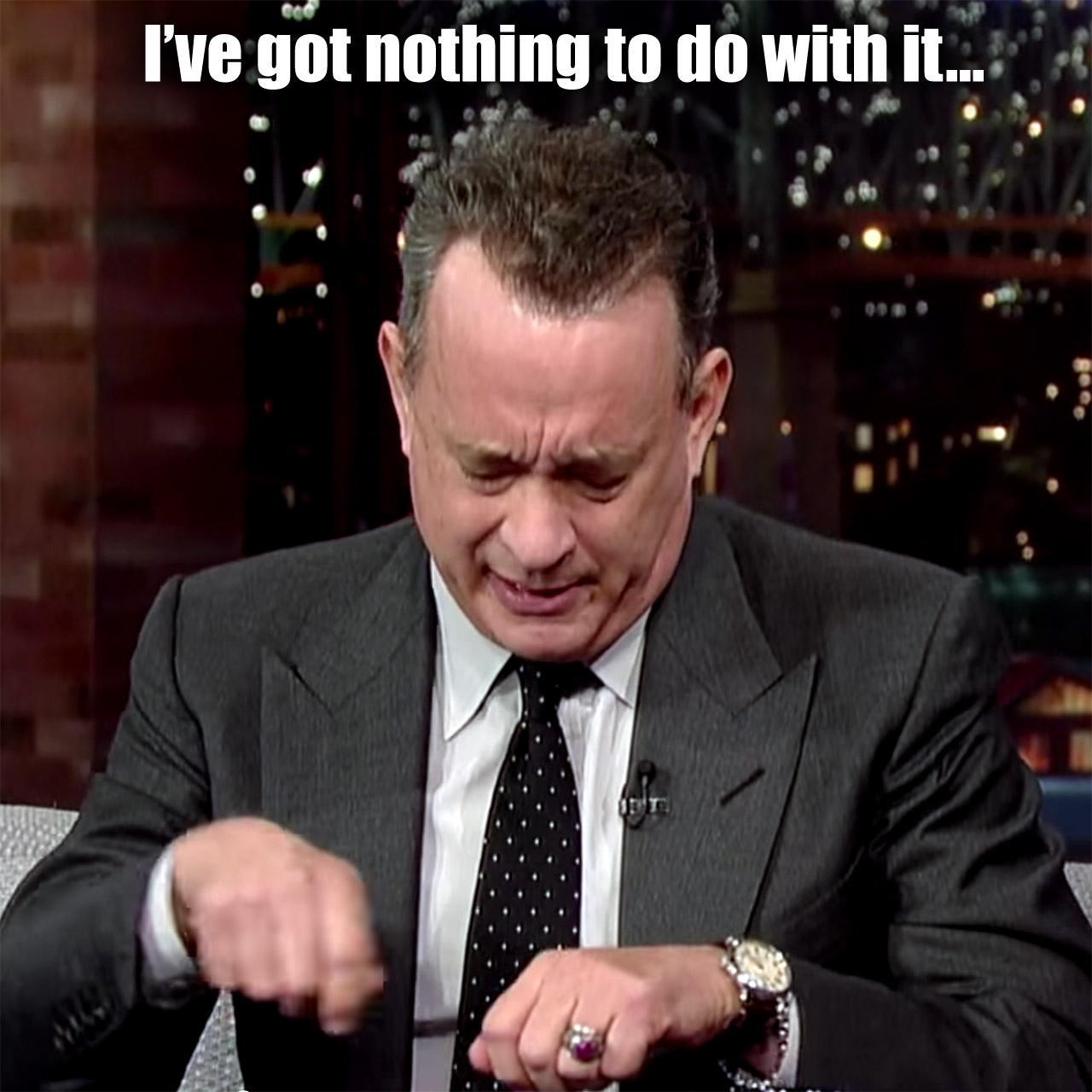 Tom-Hanks impersonates Bill Belichick for David Letterman