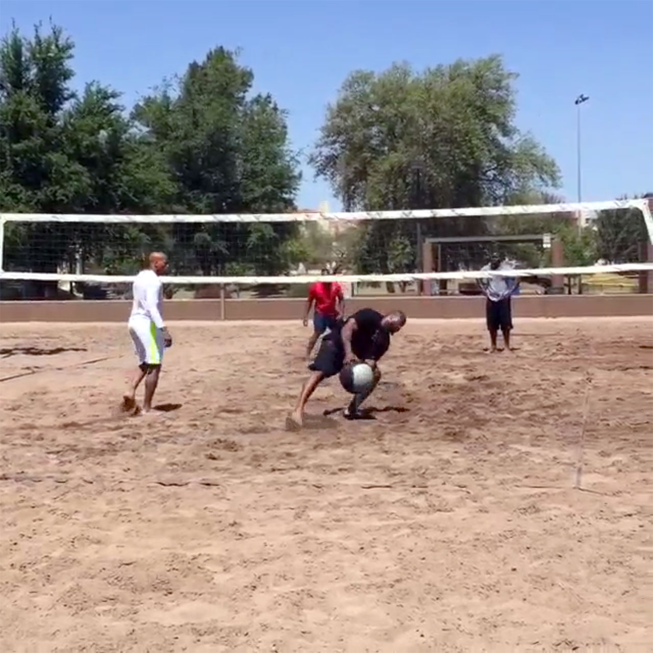 Pittsburgh Steelers' James Harrison, Ryan Shazier, Vince Williams And Robert Golden play Hooverball in Arizona